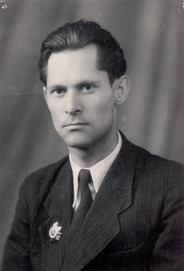 Менякин Юрий Иванович после войны