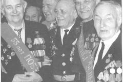 Менякин Ю.И. с ветеранами