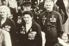 Менякин Юрий Иванович 9 мая с ветеранами