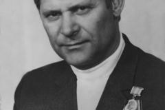 Юрий Иванович Менякин с орденами