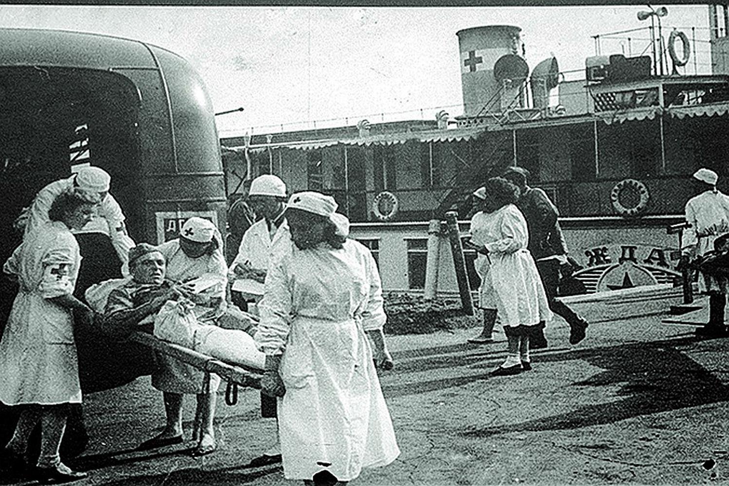 саратов эвакуация 1942 год