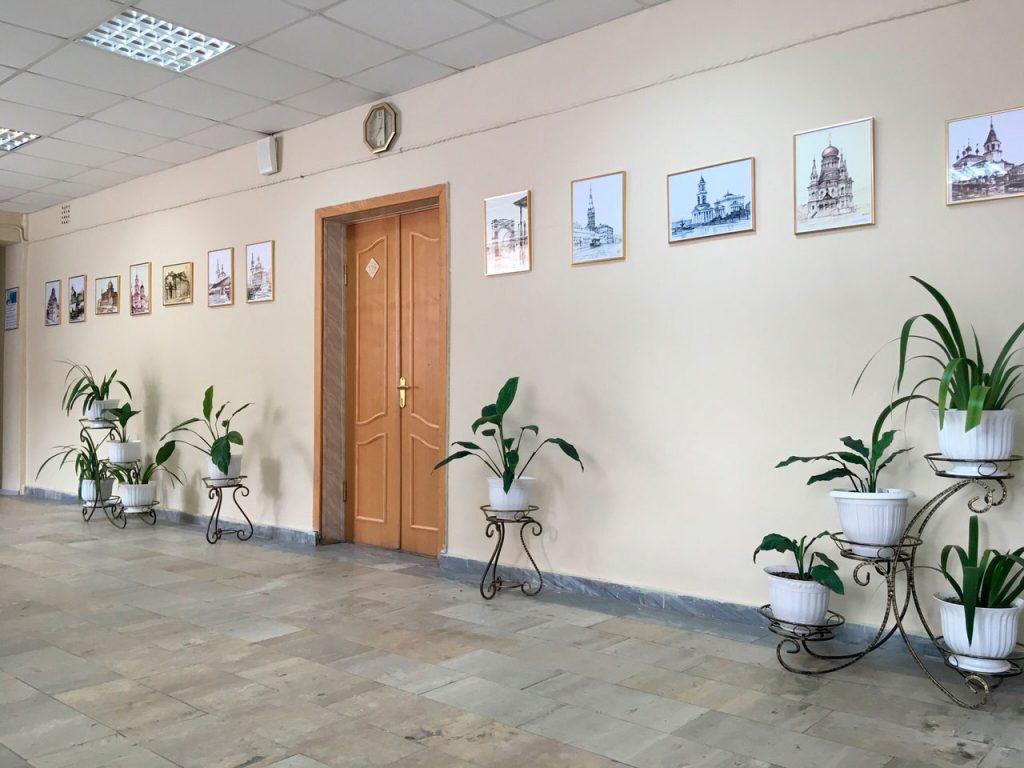 Выставка-Менякина-в-интернате