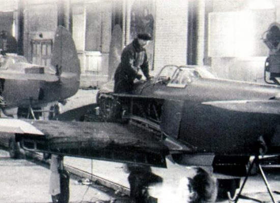 Сборка истребителей Як-3 на Саратовском авиазаводе. 1944